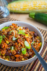 Summer Vegetable Bibimbap with Corn, Zucchini and Black Bean 500w 8851