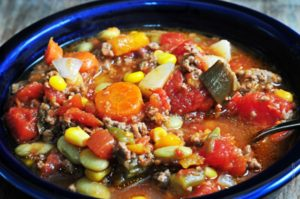 slow-cooker-vegetable-soup-DSC_1392-640x425