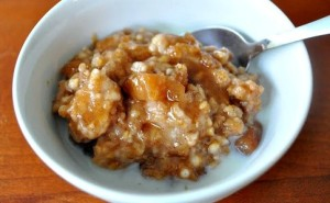 apple-hazelnut-oatmeal-web-484x300