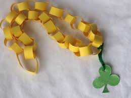 st patricks day 4 paper chain necklace