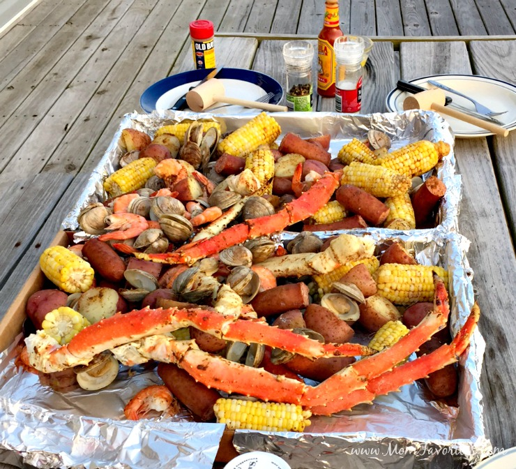 Try a classic seafood boil for the perfect beach vacation meal! You'll want to add the recipe for your summer vacation meal plan at the beach!