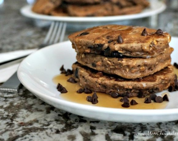 Try Peanut Powder with this Chocolate Peanut Protein Pancakes Recipe