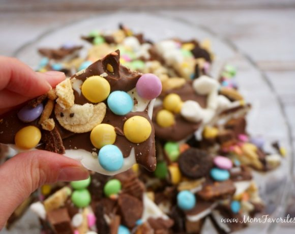 Spring Candy Bark Recipe {+ DIY Spring Critter Candy Jar Gifts}