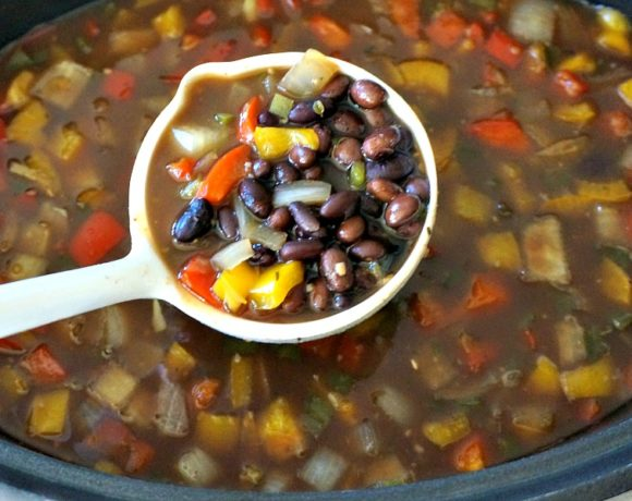 Super-Easy Slow Cooker Black Bean Soup