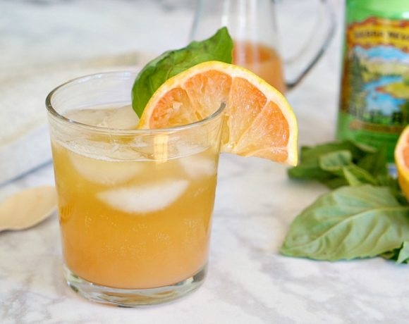 Grapefruit Shandy Recipe (a.k.a. Grapefruit Radler)