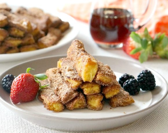 With our cinnamon french toast sticks, no one has to fight over the last drop of maple syrup!  They're perfect as is.  Would have saved a lot of trouble for Lady Pancake and Sir French Toast!