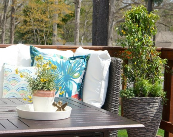 These top ten outdoor living space spring refresh tips will turn your outdoor space into your favorite living space.