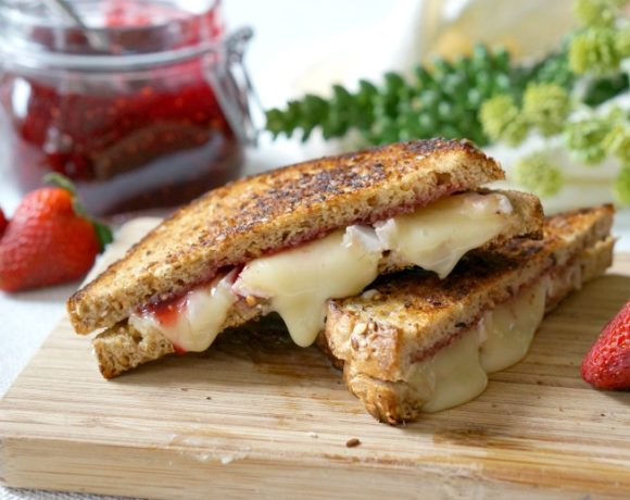 Full of ooey gooey goodness, our Fancy Pants Grilled Cheese is bursting with creamy cheese and homemade preserves atop hearty toasted bread.